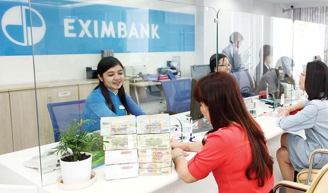 Nhân sự cấp cao ngân hàng chuyển động vòng quanh