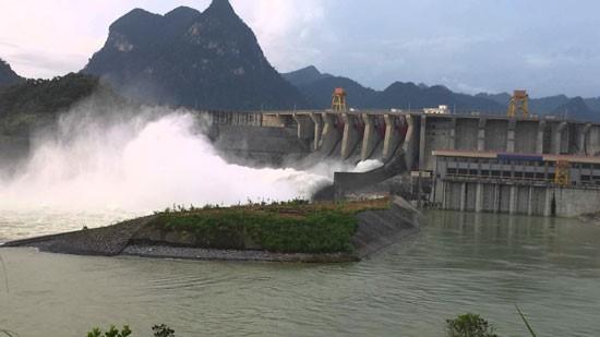 Xả tràn 19 hồ chứa thủy điện phòng chống lũ