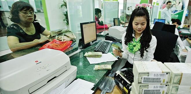 Dự trữ ngoại hối tăng, nhưng không thể chủ quan