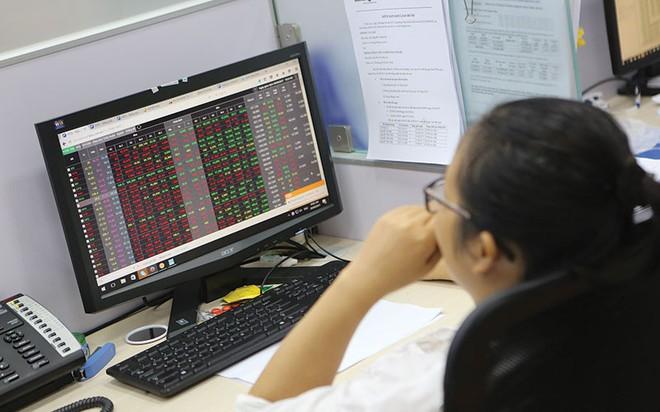 Cổ phiếu bất động sản kỳ vọng cuối năm sẽ hút dòng tiền