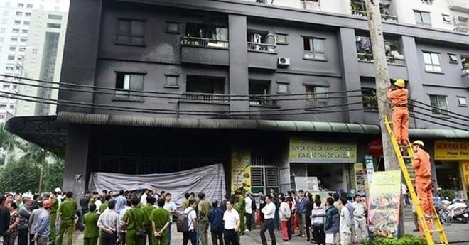 Địa ốc 7 ngày: Dân chung cư hốt hoảng
