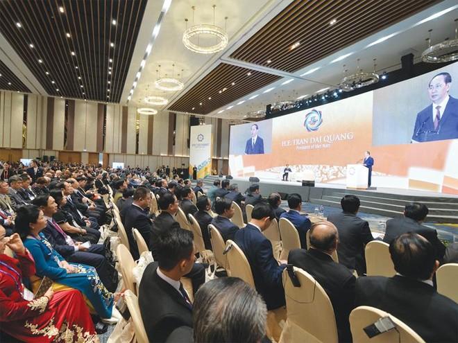 Cuộc đối thoại lịch sử tại APEC CEO Summit 2017