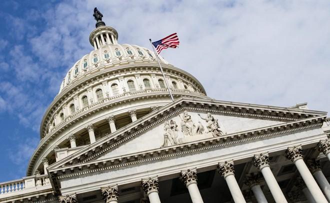Quốc hội Mỹ thông qua dự luật ngăn chính phủ đóng cửa