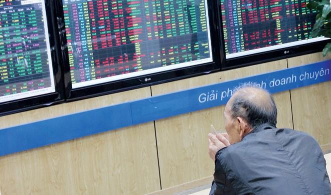 Nghịch lý GDP tăng, chứng khoán giảm