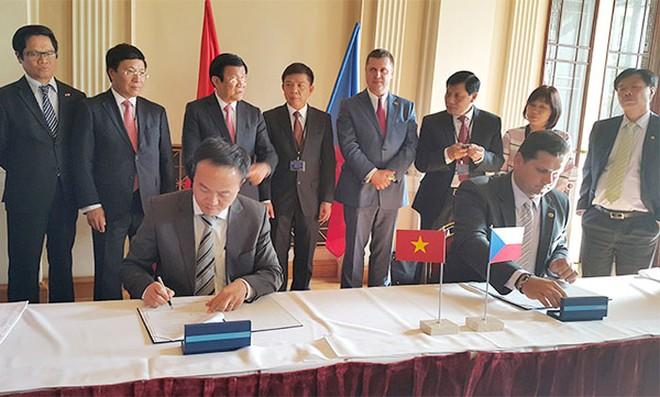 FECON ký kết hợp tác với doanh nghiệp hạ tầng hàng đầu của Séc