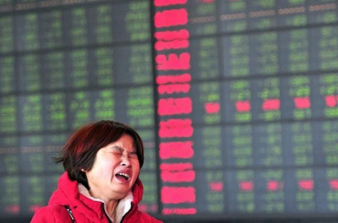 Bong bóng chứng khoán Trung Quốc xì hơi