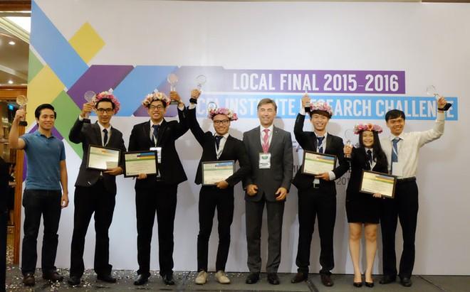 Đại học Ngoại thương TP. HCM chiến thắng cuộc thi Phân tích đầu tư của CFA tại Việt Nam