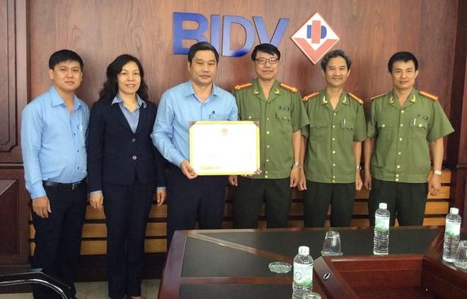 BIDV Khánh Hòa phối hợp cơ quan công an bắt tội phạm thẻ