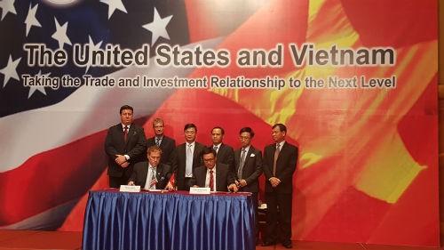 Doanh nghiệp Việt - Mỹ ký hàng loạt thoả thuận nhân chuyến thăm của ông Obama