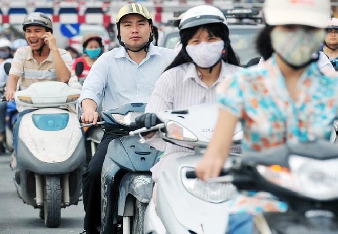 Từ hôm nay (5/6), xe mô tô được miễn phí đường bộ