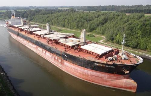 Vinalines xin bán hàng loạt tàu để cắt lỗ