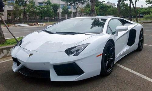 'Siêu bò' Lamborghini Aventador về tay đại gia Đà Nẵng