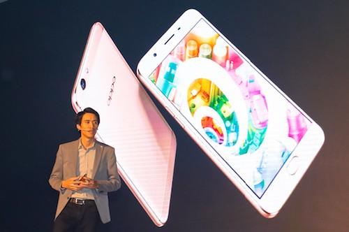 Smartphone camera trước 16 megapixel có giá chưa tới 6 triệu đồng