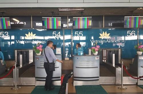 Màn hình thông tin sân bay Nội Bài bị lỗi kỹ thuật