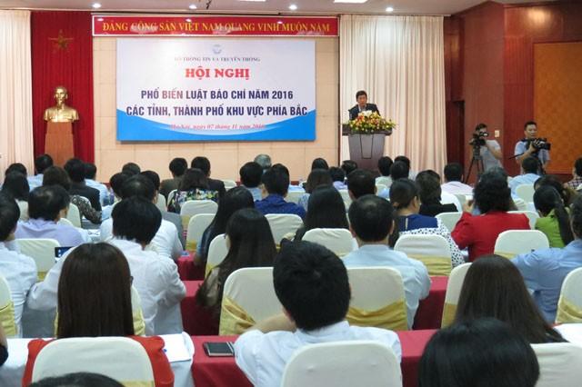 Bộ Thông tin và Truyền thông tổ chức hội nghị phổ biến Luật Báo chí năm 2016