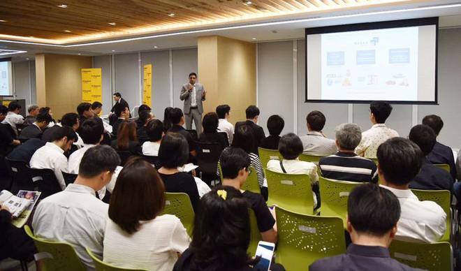 Maybank Kim Eng thành lập bộ phận phục vụ khách hàng nước ngoài