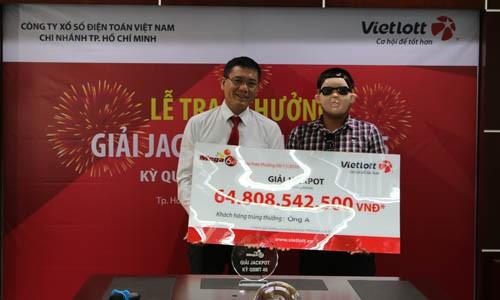 Khách hàng ở Đồng Nai đã nhận giải xổ số hơn 64 tỷ đồng