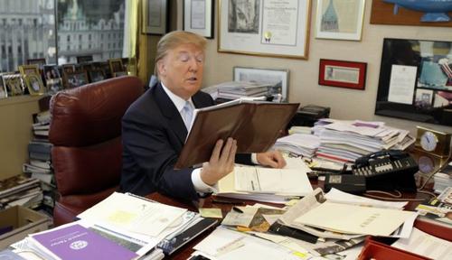 Tân Tổng thống Mỹ không biết dùng máy tính