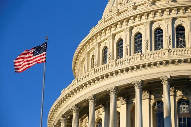 Thượng viện Mỹ thông qua việc trừng phạt Iran thêm 10 năm