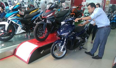 'Ma trận' giá xe máy tháng Ngâu tại Việt Nam