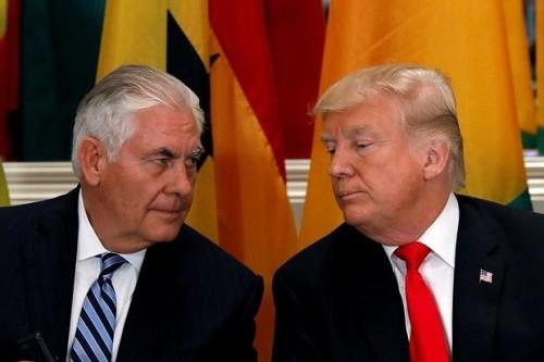Tổng thống Mỹ Donald Trump sẵn sàng đọ chỉ số IQ với Ngoại trưởng Tillerson