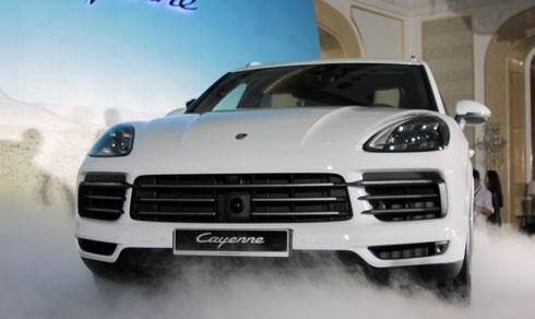 Porsche Cayenne 2018 giá từ 5,4 tỷ đồng tại Việt Nam