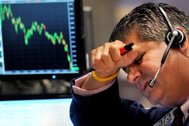 """Yellen tỏ quan điểm """"diều hâu"""", giới đầu tư lại hoảng sợ"""