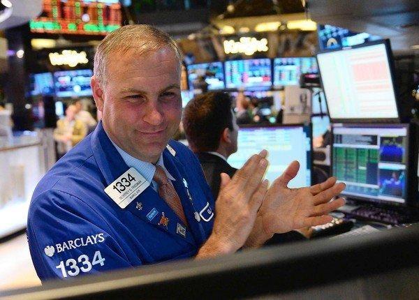 Giới đầu tư chứng khoán phấn chấn trở lại