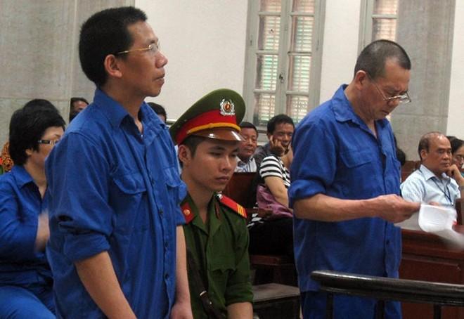 Các bị cáo trong vụ Dự án B5 Cầu Diễn hầu tòa