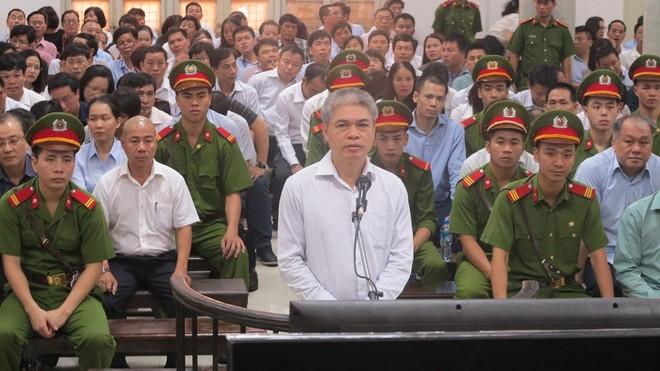 """Bị quy buộc chiếm đoạt 333 tỷ đồng, Nguyễn Xuân Sơn """"thỉnh cầu HĐXX minh oan"""""""