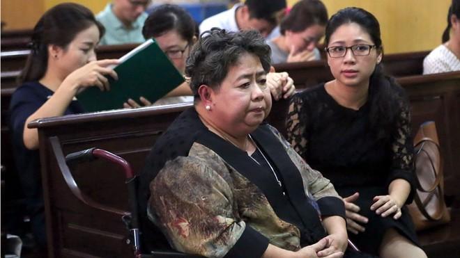 Đổi tội danh bị can Hứa Thị Phấn, khởi tố thêm 14 cựu cán bộ TrustBank