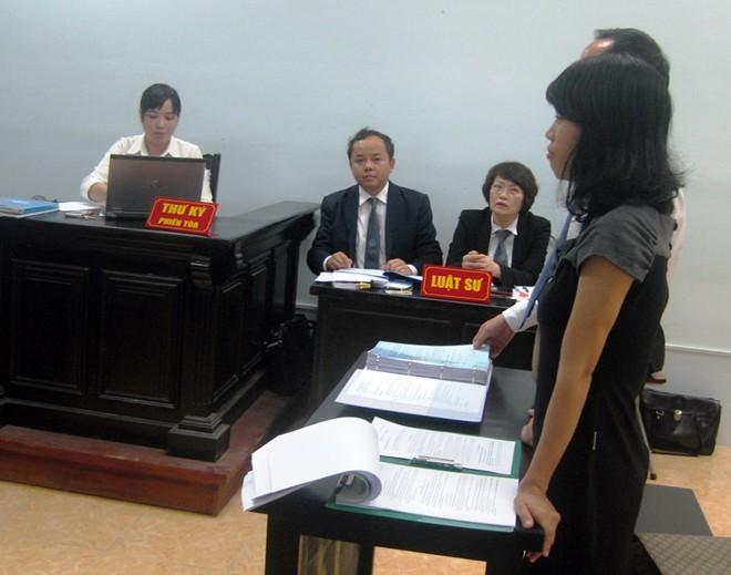 Hoãn xử phúc thẩm vụ khách hàng kiện Coca-Cola Việt Nam