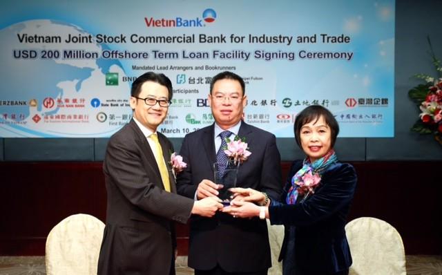 VietinBank ký kết hợp đồng vay hợp vốn trị giá 200 triệu USD