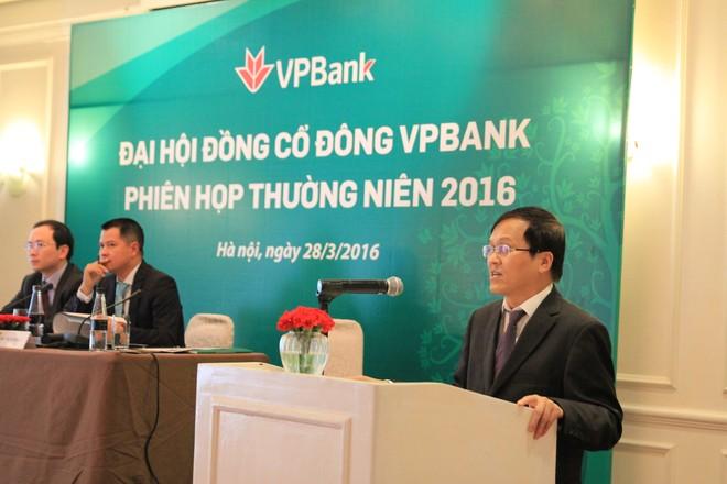 """Chủ tịch VPBank cam kết """"lên sàn"""" năm 2016"""