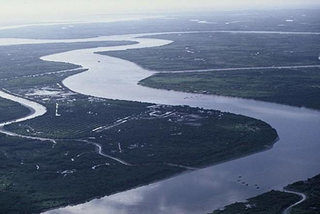 Đồng bằng sông Cửu Long đối diện với tình trạng suy giảm độ lành mạnh của sông ngòi