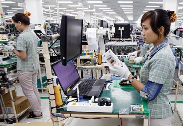 WB gợi ý 2 hướng đi giúp Việt Nam thoát khỏi nền sản xuất gia công