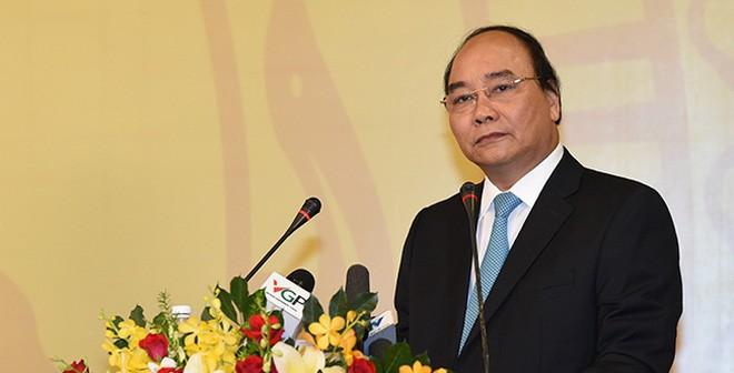 """Thủ tướng Nguyễn Xuân Phúc: """"Tết này các đồng chí không lên chúc tết Thủ tướng, các Phó Thủ tướng, đỡ phải suy nghĩ mấy ngày đêm mua quà gì…"""""""