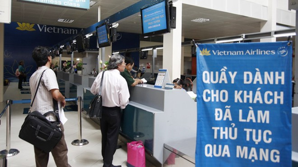 Từ 25/6, Vietnam Airlines cho khách check-in trực tuyến