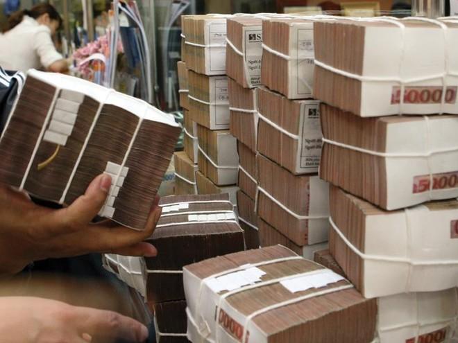 Tiền có bốc hơi khi gửi tiết kiệm online?