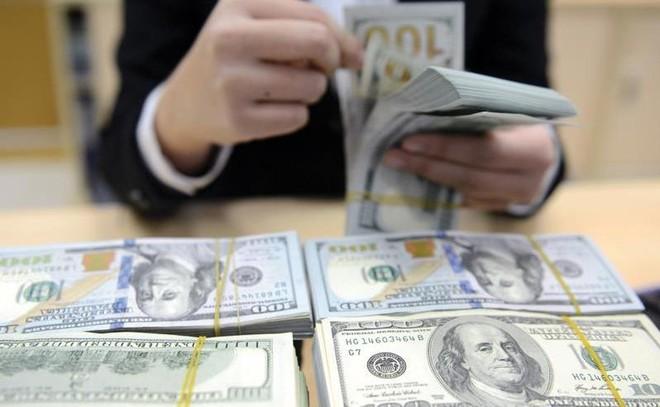 Fed tăng lãi suất USD: Cơ hội mua vào cổ phiếu giá rẻ