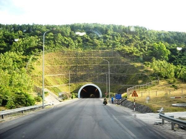 Đầu tư bổ sung Dự án mở rộng hầm đường bộ Đèo Ngang