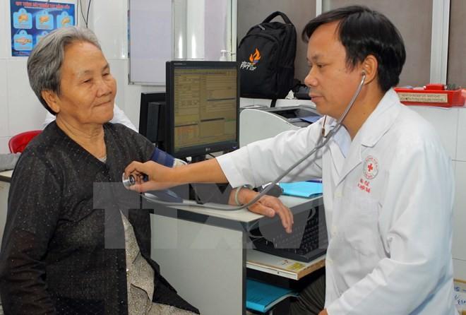 Từ 1/3, các bệnh viện áp giá mới cho gần 1.900 dịch vụ y tế