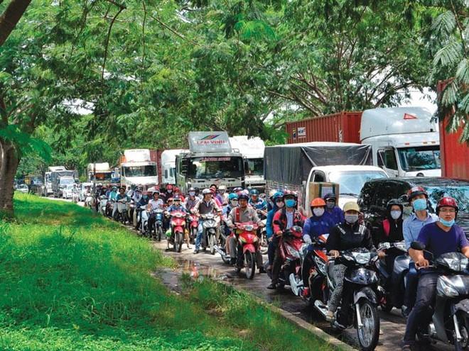 Hạ tầng giao thông khu Nam TP.HCM đang quá tải