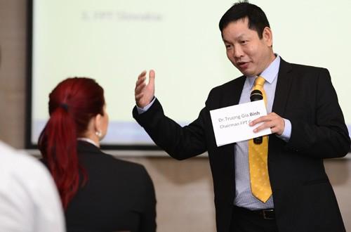 """Chủ tịch FPT Trương Gia Bình giới thiệu cuốn sách """"Cuộc cách mạng công nghệ thứ tư"""""""
