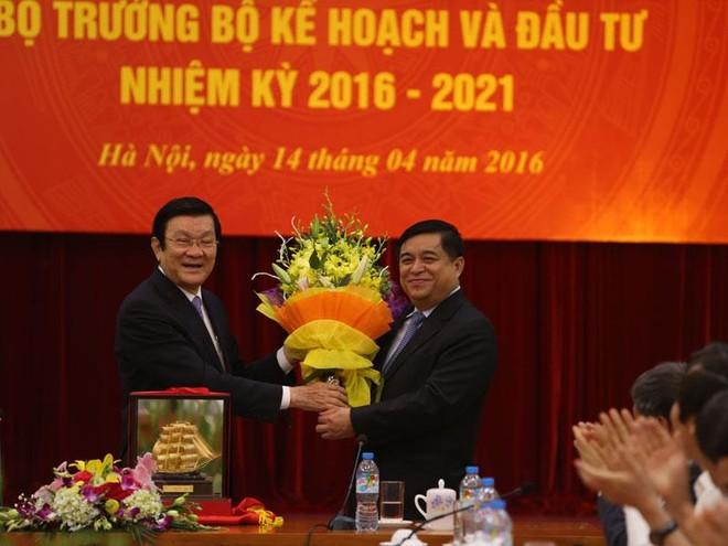 Tân Bộ trưởng Nguyễn Chí Dũng: Tiếp tục thắp sáng ngọn lửa đổi mới và cải cách