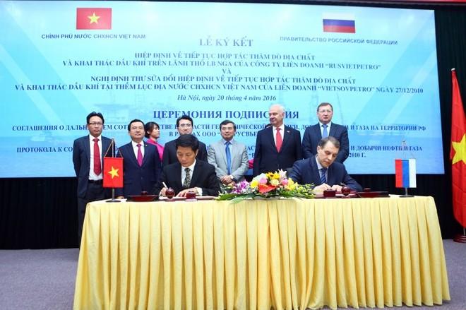 Việt Nam ký hiệp định Liên Chính phủ tiếp tục thăm dò khai thác dầu khí ở Nga