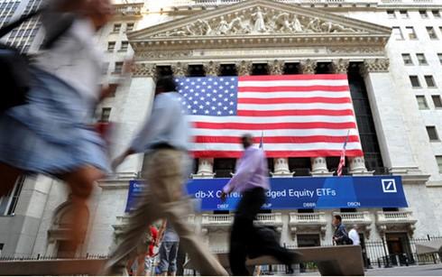 Các quỹ chứng khoán toàn cầu đang bị rút vốn nhanh nhất trong 5 năm