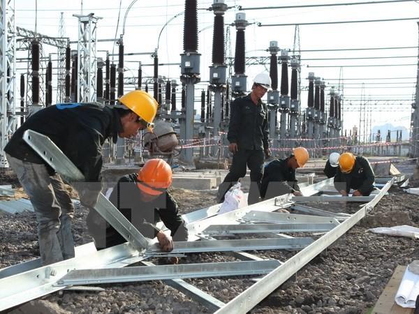 """EVNNPT mời công an điều tra phản ánh """"móng cột điện làm bằng bêtông trộn đất"""" tại Nam Định"""