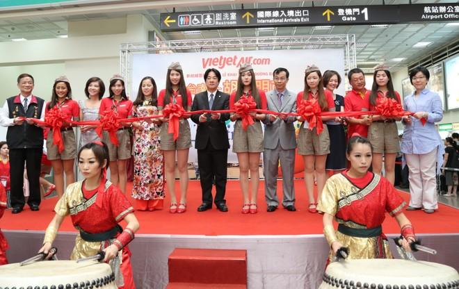 Vietjet khai trương đường bay TP. HCM - Đài Nam