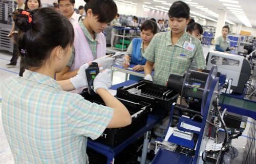 Vì sao doanh nghiệp Việt khó chen chân làm ốc vít, sạc pin cho Samsung?